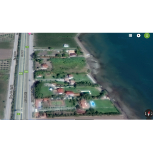 Livanates - Skala Attalanti plot of 8000sqm with building tangent to the sea